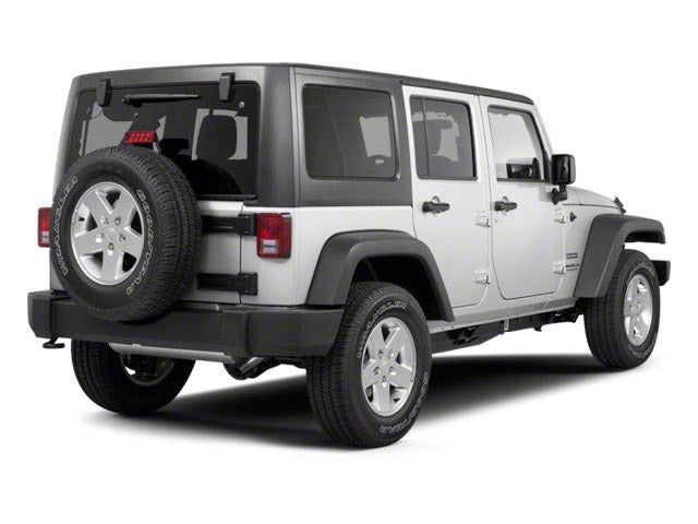 2011jee006b 640 02 - 2011 Jeep Wrangler Unlimited Sport